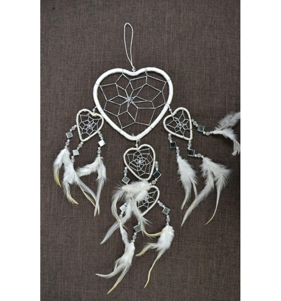 Attrape r ves blanc original fait main forme coeur achat for Achat deco pas cher