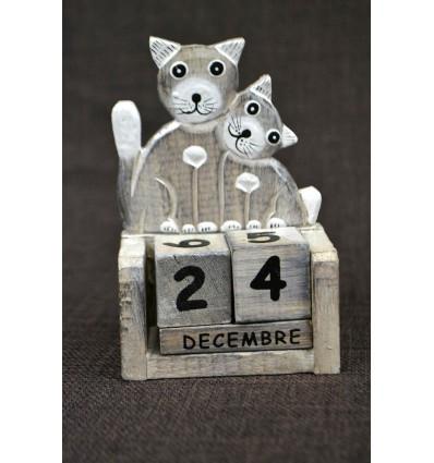 Piccolo calendario perpetuo in legno, gatto e gattino. Regalo bambino.