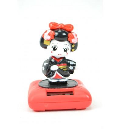 Mobile solaire Geisha poupée Kokeshi noire. Porte-bonheur japonais.
