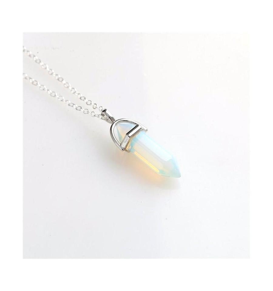 Collier Avec Pendentif Pointe Hexagonale En Opale Blanche Naturelle