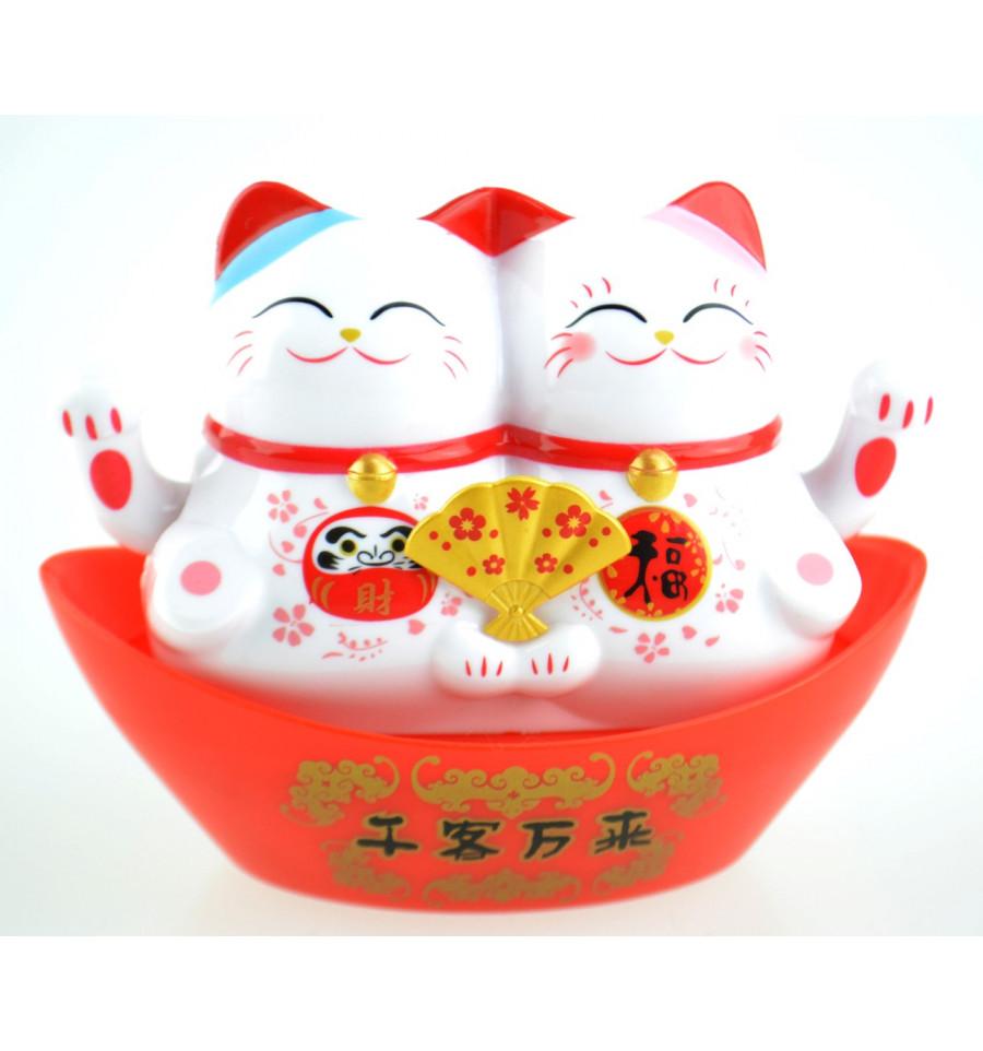 couple maneki neko solaire duo chats blancs porte bonheur pas cher. Black Bedroom Furniture Sets. Home Design Ideas