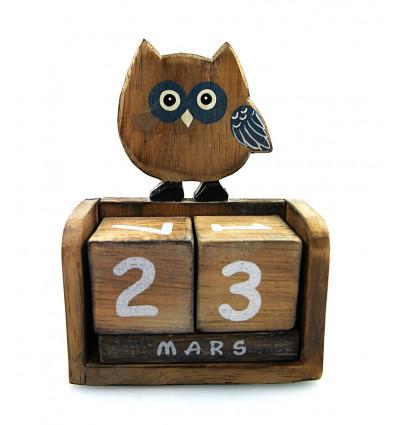 Calendrier perpétuel hibou en bois. Apprendre la date aux enfants.