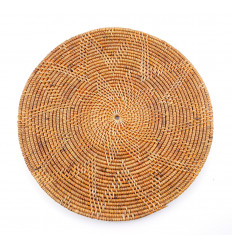 Set di tavolo rotondo in legno e rattan, decorazione tavolo etnico chic.