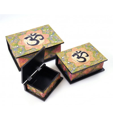 Boîtes gigognes en bois. Coffret à bijoux ethnique. Artisanat Bali.