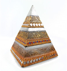Bôite à bijoux en bois 2 compartiments, forme pyramide.