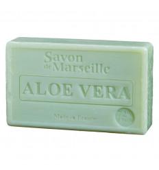 Il sapone di marsiglia, arricchita con aloe vera, lenitive e rigeneranti.