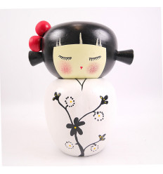 Tirelire poupée Kokeshi en bois, idée cadeau jeune fille adolescente.