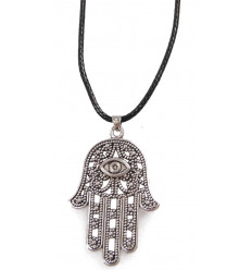 Collier Main de Fatma en métal et corde style marocain/oriental.