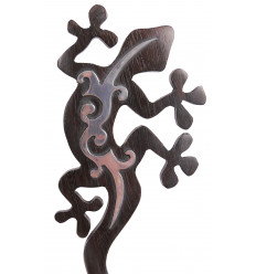 Original hairpin in carved wood gecko salamander lizard pattern