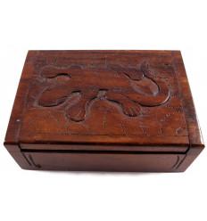 Confezione regalo in legno portagioie gioielli scultura margouillat. Artigianato.