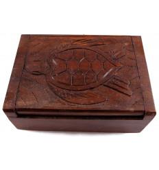 Boîte cadeau en bois, écrin bijoux sculpture tortue. Artisanal.