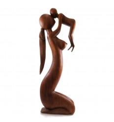 Statue maternité XXL en bois. Fabrication artisanale de haute qualité.