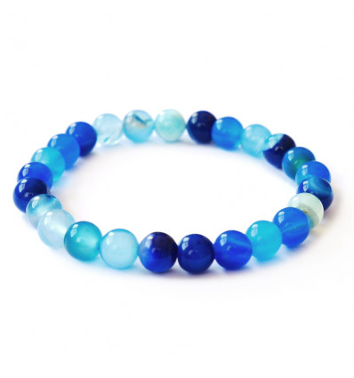 Bracelet in blue agate brings good luck, happiness, and inner peace.