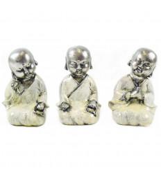 Moines bouddhistes : 3 petites statuettes en résine laquée blanc et argent 15cm