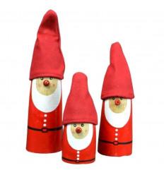 3 statuettes Père Noël en bois avec chapeau tissu. Déco de Noël artisanale.