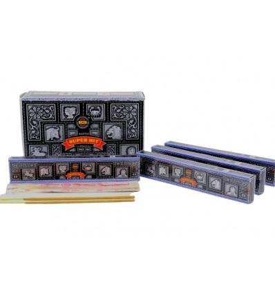 Encens Super Hit de Satya Saï Baba . Lot de 5 boîtes de 15g, soit 60 bâtonnets