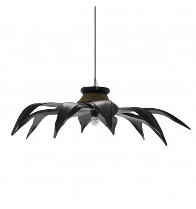 Chandelier / suspension-style ethnic chic in leaves of coconut tree, mahogany and seagrass.